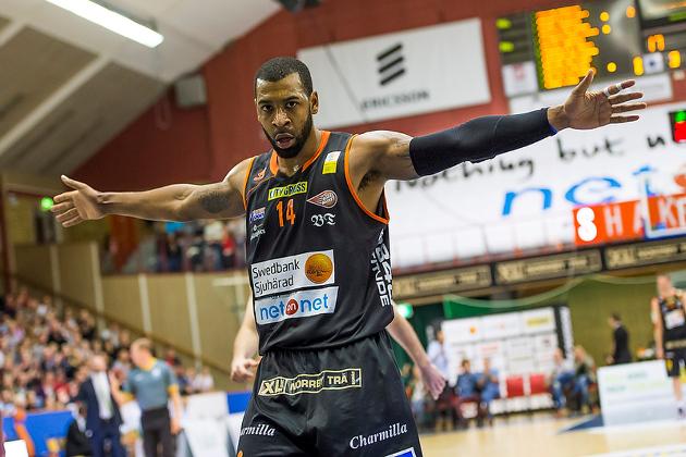 Christopher Mc Knight Karhubasketin uusin vahvistus - Karhu Basket